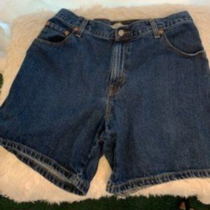 Levi's Sz 14 Relaxed Cotton Jean Shorts